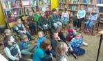 Głośne czytanie w PSP w Pieczyskach